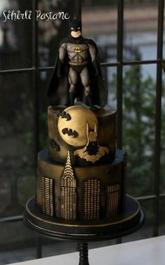 Batman Cake by Sihirli Pastane (Favorite Cake Awesome) Batman Birthday Cakes, Batman Cakes, Birthday Cakes For Men, Cakes For Boys, Batman Party, Cake Birthday, Le Joker Batman, Batman Logo, Lego Batman