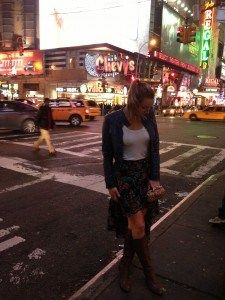 romantic look in time square #fall #skirt #h&m