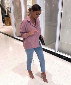 Fashion - A little bit of pink never hurt nobodddy Shirt from rebelgal Links in story 💕 ad Chill Outfits, Classy Outfits, Stylish Outfits, Spring Outfits, Cute Outfits, Bar Outfits, Fashion Killa, Look Fashion, Autumn Fashion