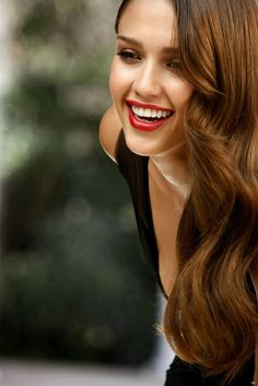 I wish I looked like Jessica Alba