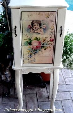 LittleMissMaggie: Romantic Jewelry Armoire created with Mod Podge!!