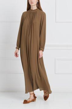 Одежда Страница 17 в интернет-магазине модной дизайнерской и брендовой одежды Muslim Dress, Hijab Dress, Pregnancy Dress, Casual Hijab Outfit, Abaya Fashion, Denim Top, Maternity Dresses, Satin, Womens Fashion