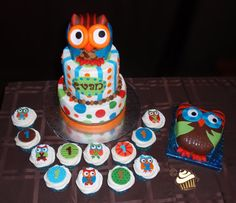 Owl First Birthday - Cake, Cupcakes and Smash Cake for an owl-themed first bitrthday