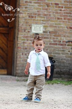 Chintomby Chintomby Starrett i knew i had at least ONE picture :) (ring bearer) Little Boy Fashion, Toddler Fashion, Kids Fashion, Little Man Style, Little Boys, Baby Kids, Baby Boy, Stylish Boys, Stylish Children