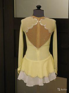 cbc9fbab12b Платье для фигурного катания на рост 128см купить в Санкт-Петербурге на  Avito — Объявления на сайте Avito