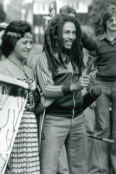 Bob Marley, 1979 in New Zealand, greeted and honored by the Aborigines