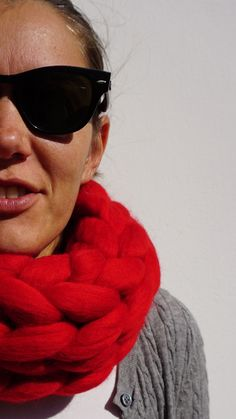 It is definitely not too early too think about Christmas gifts! Chunky Infinity Scarves, Oversized Scarf, Chunky Knits, Hand Knit Scarf, Stockinette, Cosy, Merino Wool, Hand Knitting, Christmas Gifts