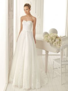 Simple wedding dress ...