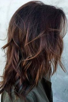 18 Chic Medium Length Layered Hair hair styles Hair lengths layered haircut styles for medium hair - Medium Style Haircuts Medium Length Hair Cuts With Layers, Long Layered Hair, Medium Hair Cuts, Choppy Layers For Long Hair, Shoulder Layered Hair, Haircuts For Medium Length Hair Layered, Wavy Layers, Shaggy Medium Hair, Medium Choppy Layers