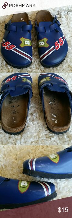 Boys kids birkis (birkenstock) Kids birkis (birkenstock) size 29 or US 11. Scraps on side of shoes (so by the big toe of both sides) shown in second pic. Also a little bit of the sticker in one shoe. Otherwise excellent condition. Birkenstock Shoes