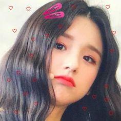 Kpop Aesthetic, Aesthetic Girl, Cute Girls, Cool Girl, Fandom Kpop, My Bubbles, Korean Babies, Image Icon, Olivia Hye