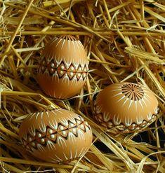 Kraslice v přírodních tónech / Zboží prodejce Královna Mab Eastern Eggs, Egg Art, Wax, Carving, Easter, Spring, Pisces, Colors, Art