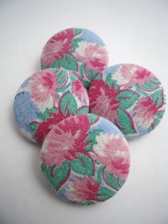 Vintage Floral Feedsack Fabric Covered Buttons by CampStoreVintage