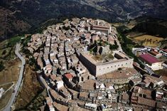 Is Montalbano Elicona, in the province of Messina, the most beautiful village in Italy for 2015.