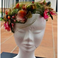 Very becoming vintage hat from the 30s - Antique Goodies