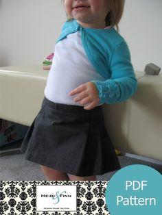 Girly Pleated Skirt pattern and tutorial PDF 12M4T par heidiandfinn, $6.00