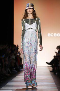2dcc2e735f8f5 BCBG Max Azria Ready To Wear Spring Summer 2016 New York - NOWFASHION Max  Azria,