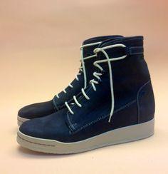 Leuk om te zien: Zelfde model als de. paarsmetallic schoen - Zelfde klant ook…