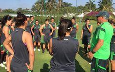 La Selección Nacional Femenil en Acapulco - Miniondas & FarandulaUSA - El portavoz de la comunidad