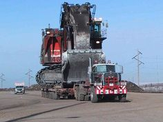 Super heavy haul KW.Hauling a Orenstein & Koppel RH170 or a million pound plus RH200
