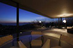 江ノ島方向の夜景 (から Mアーキテクツ|高級邸宅 豪邸 別荘 LUXURY HOUSES | M-architects)