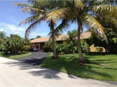 View a virtual tour of 7700 SW 178 ST Palmetto Bay, Fl 33157