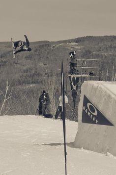 skiing #jossiwells Jossi Wells, The Art Of Flight, Skiers, Snow Skiing, Wellness, Heart, Winter, Winter Time, Hearts