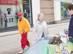 Still Fit - Market Square City Centre Chelmsford Essex #onedailyfoto #streetphotography #people #fashion #interestingpeople #instadaily www.figmentmedia.org Sx
