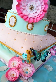 Pretty Whimsical Cake with Butterflies and Quilting