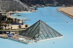 The world's biggest pool in San Alfonso Del Mar in Algarobbo City on the Southern Coast of Chili