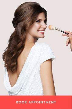 Brides - take some stress out of your wedding day and let the salon come to you! Glamsquad brings you - and your bridesmaids - top beauty professionals for your hair, makeup and nails.