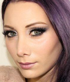 Blue velvet make up