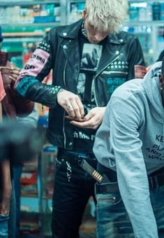 """Colson on set filming """"Front Street"""" Music video . Ryan Sheckler, Colson Baker, Fashion Model Poses, Tom Daley, New York Photographers, Machine Gun Kelly, Pop Punk, Celebrity Dads, Baby Daddy"""