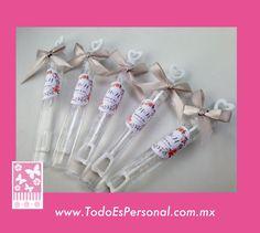burbujas tubo plata boda misa invitados baile burbujeros plata flores vintage