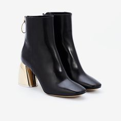 Class Ankle Boot Black Leather Black Leather Boots, Black Ankle Boots, Calf Leather, Gold Heels, Fashion Editor, Smooth Leather, Take That, Booty, Minimal