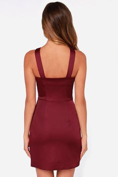 You're a born leader, and the Style Stalker Lean on Me Burgundy Dress is your new gown to rule in! Crossing shoulder straps top an envelope skirt for a chic look. Satin Dresses, Gowns, Formal Dresses, Envelope Skirt, Lean On Me, Winter Dress Outfits, Burgundy Dress, Layered Look, Bodycon Dress