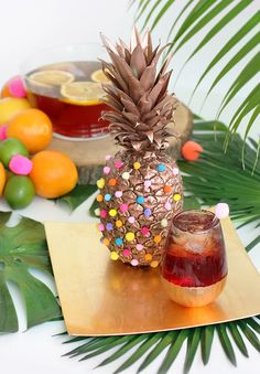 DIY palm pom brunch