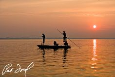 Skiff Photo Gallery by Pat Ford, a must see for every angler and skiff enthusiast.