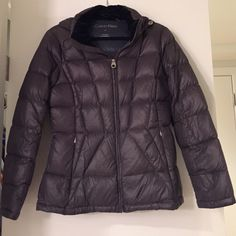 Calvin Klein Jackets & Coats - Calvin Klein light weight down jacket