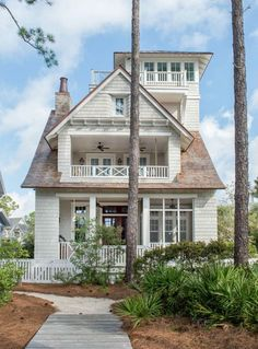 Empty Nesters Florida Dream Vacation Home. Single Empty Nesters Florida Dream Vacation Home. Empty Nesters Florida Dream Vacation Home. See home plans, paint colors and decor. Interiors by Courtney Dickey of TS Adams Studio. Beach Cottage Style, Coastal Cottage, Coastal Homes, Beach House Decor, Coastal Living, Beach Homes, Beach House Plans, Lake Home Plans, Lake Homes