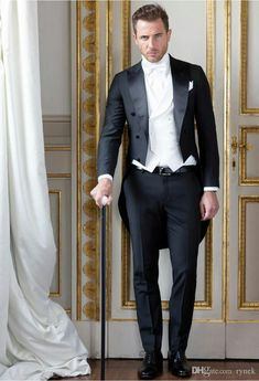 Tailor Made Italian Style Morning Tailcoat Black Double Breasted Groom Tuxedos 3 Piece Mens Wedding Suits Gentleman Suit Terno White Tuxedo Wedding, Wedding Tux, Mens Fashion Suits, Mens Suits, Wedding Morning Suits, Costume Smoking, Tuxedo With Tails, Custom Tuxedo, Groom Tuxedo