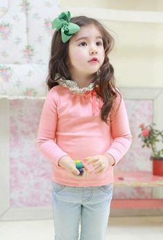 Kiley young Klees Nationality : American-Korean Little Star, Little Girls, My Boys, Cute Girls, Cute Babies, Baby Kids, Girl G, Illustration Girl, Stylish Kids