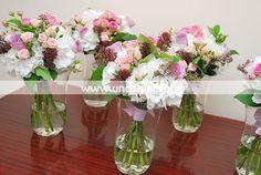 Buchet de mireasa din hortensii, trandafiri si miniroze