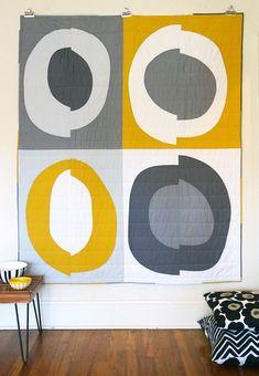 Monoprints, contemporary quilts, and fiber art by Andrew Steinbrecher Modern Quilt Blocks, Circle Quilts, Mini Quilts, Baby Quilts, Modern Quilting Designs, Modern Quilt Patterns, Quilting Patterns, Contemporary Quilts, Fabric Art