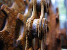 How to clean a rusty bike chain.