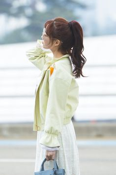 Seohyun's Latest Airport Fashion Causes Buzz Among Koreans — Koreaboo