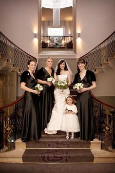 Google Image Result for http://www.brianharte.co.uk/wp-content/uploads/2012/05/brian-harte-the-mansion-wedding-leeds-bride-with-bridesmaids-on-stairs.jpg