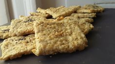 Crackers apéro aux flocons d'avoine / sans gluten Vegan Finger Foods, Healthy Crackers, Vegetarian Recipes, Healthy Recipes, Vegan Kitchen, Cooking Chef, Foods With Gluten, Tapas, Cookie Recipes
