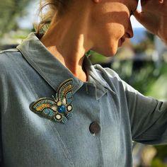 Счастье как бабочка нужно только подождать и она сядет вам на плечо...  Happiness is like a butterfly you just have to wait and it will sit on your shoulder ...