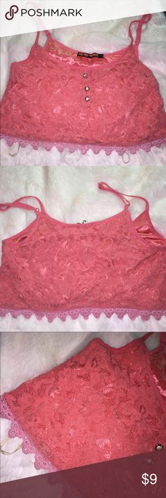 🎀 Lace Crop top 🎀 🌸Lacey salmon pink crop top!  🌸No stains no smells great condition! 🌸Size Sm Tops Crop Tops